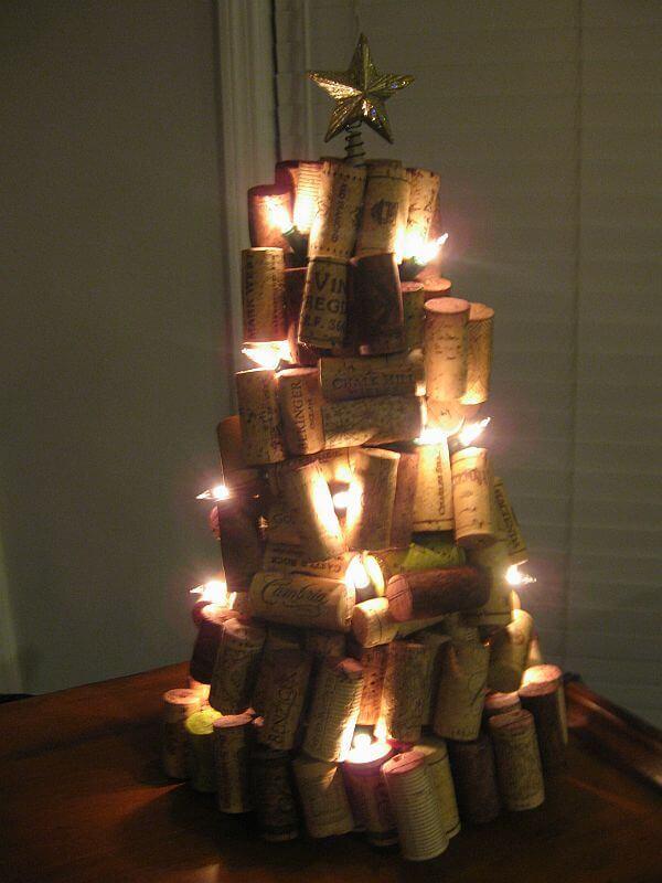 DIY Pallet Christmas Card Holder - Christmas DIY