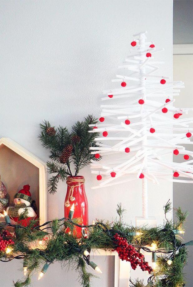 DIY Pipe Cleaner Christmas Tree (1)