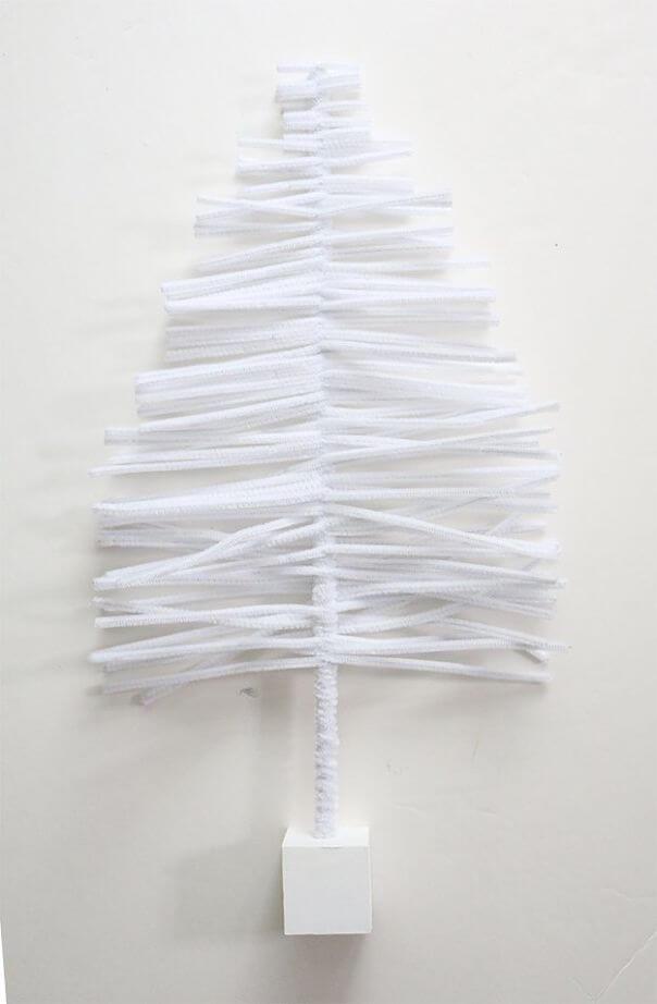 DIY Pipe Cleaner Christmas Tree (8)
