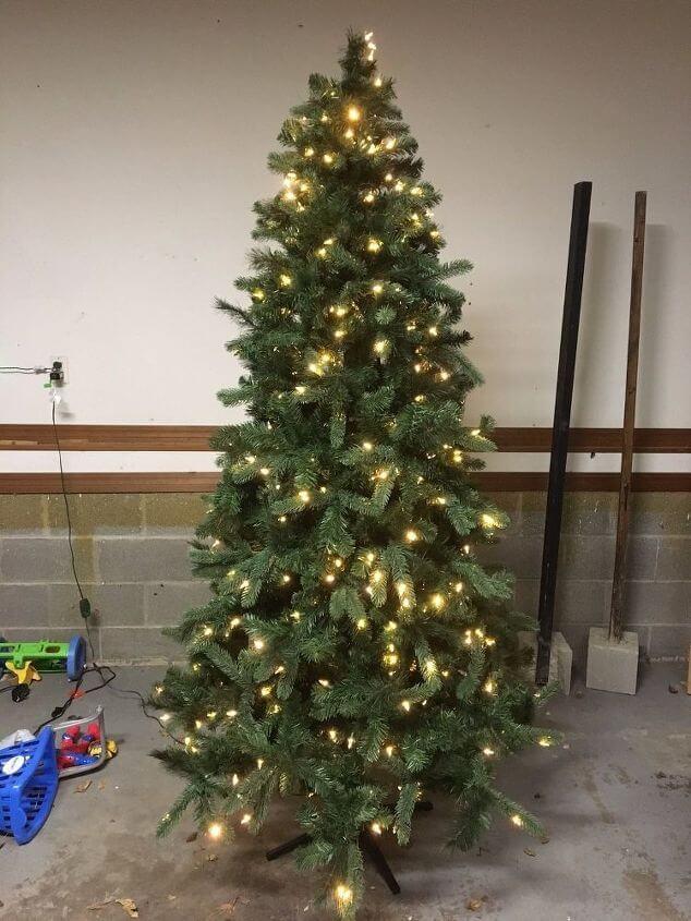 How to Flock a Christmas Tree – Christmas DIY