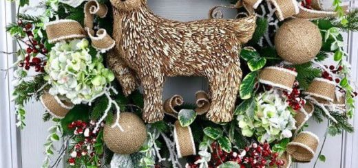 Make DIY Rustic Christmas Wreath - Christmas DIY