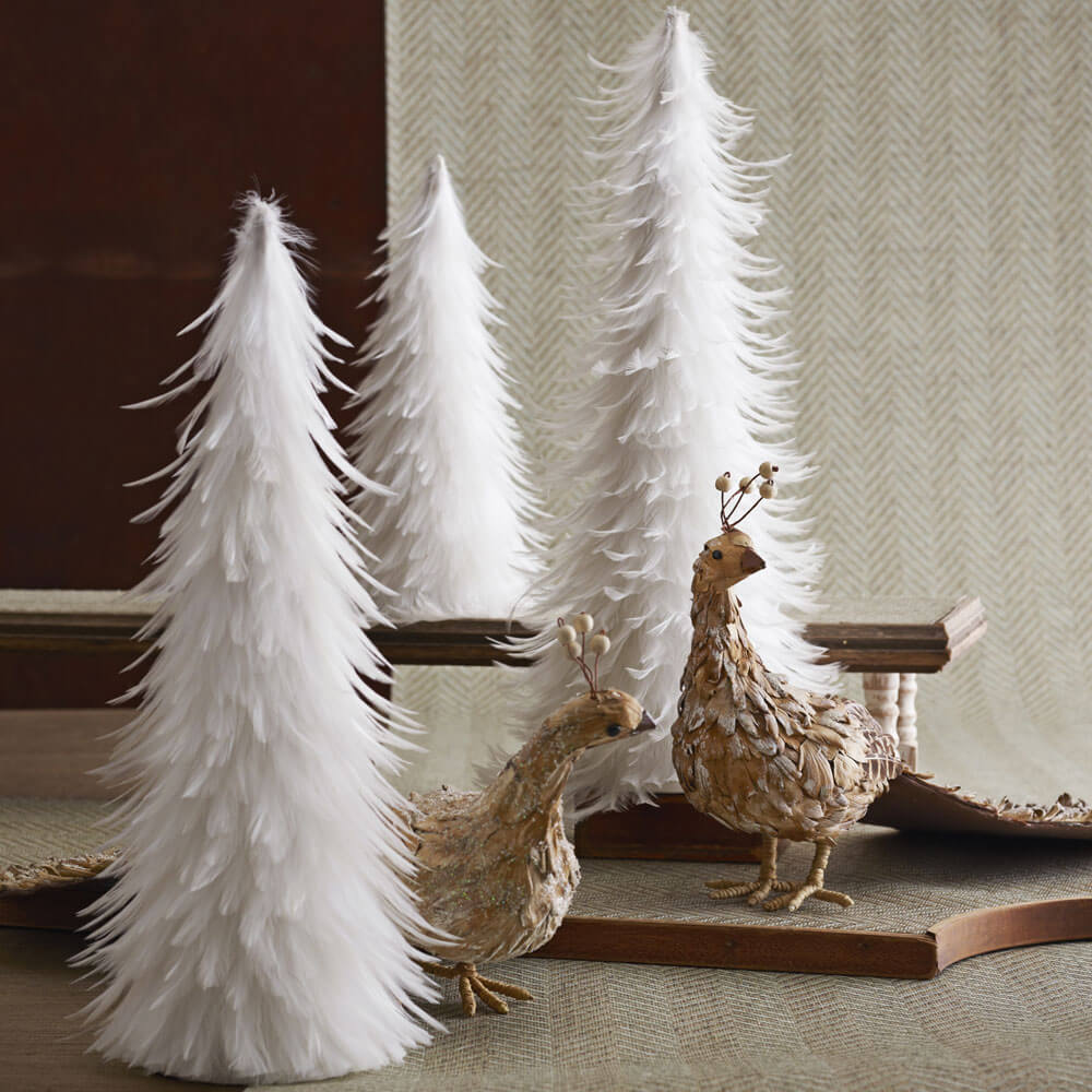 Pretty Christmas Paper Makes the Most Adorable Tree - Christmas DIY