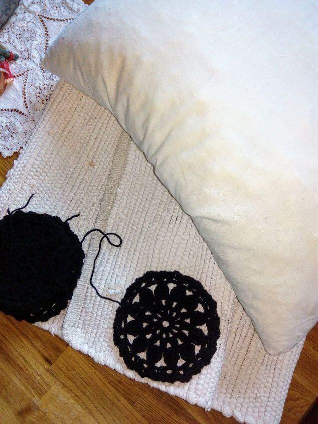 Carpet Cushion DIY
