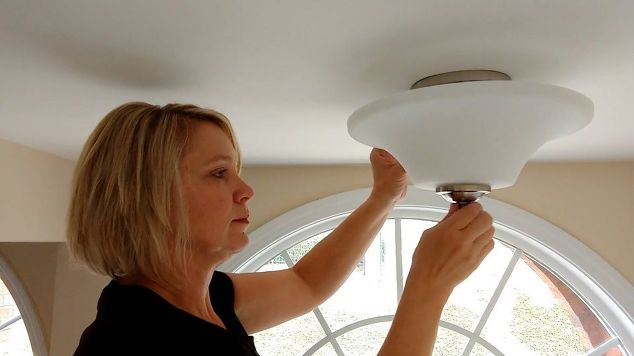 Replacing a Ceiling Light Fixture
