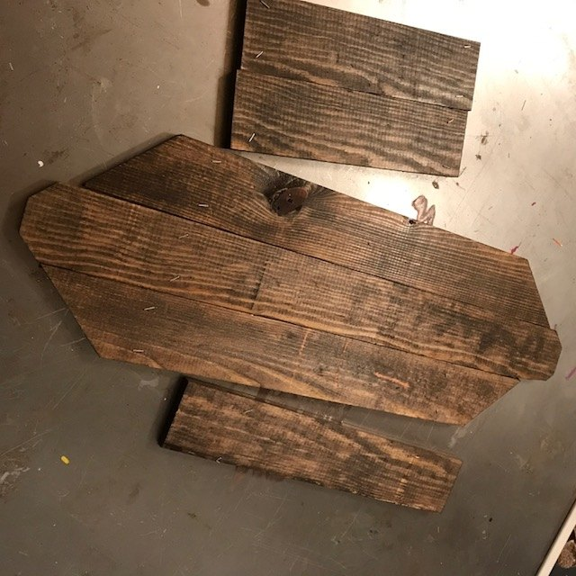 DIY Wooden Sleigh